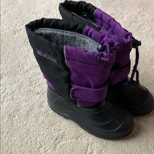 Lacrosse size 13 girls boots with liner